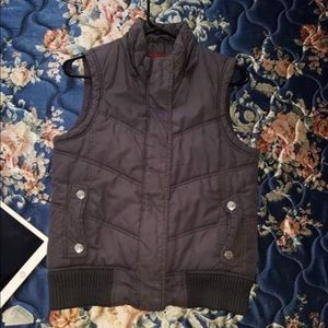Maurice's vest small
